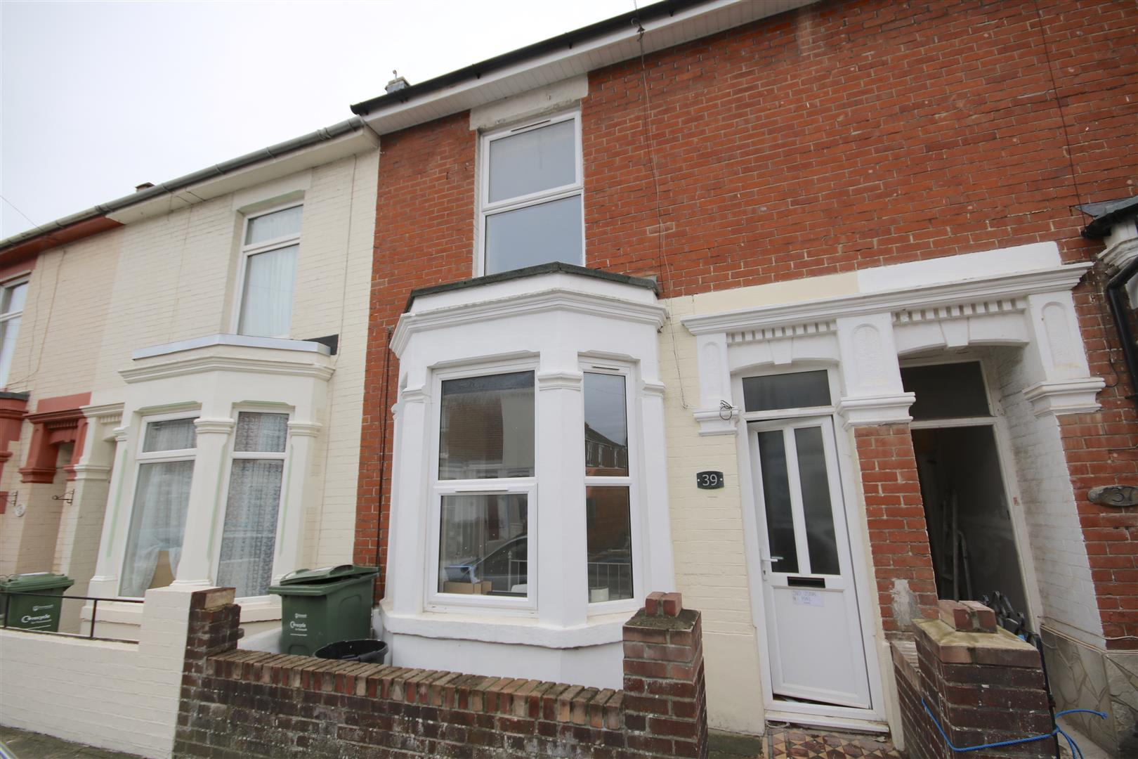 7 Bedrooms Terraced House for rent in Wheatstone Road, Southsea